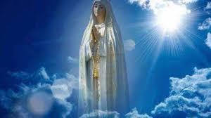 """La Madonna disse a Fatima: """"Quando tutto sembra essere perduto ed il male sembra trionfare, allora verrà il Mio tempo""""."""